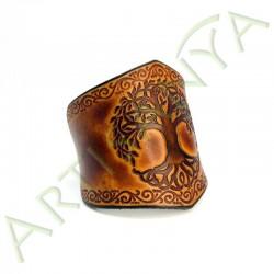 vue de 3/4 du Bracelet Ilythiir Yggdrasil_ couleur marron