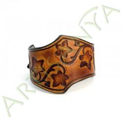 vue de face du Bracelet Famar lierre_couleur marron