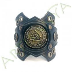 vue de face du Bracelet Ragnar manchette_ 3 Nornes