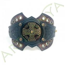 vue ouverte de face du Bracelet Ragnar manchette_ Croix celte