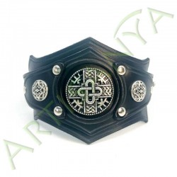 vue ouverte de face du Bracelet Ragnar_ Hardrock Mérovingien