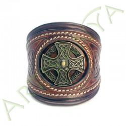 vue de face du Bracelet Khal Drogo_Croix Nimbée