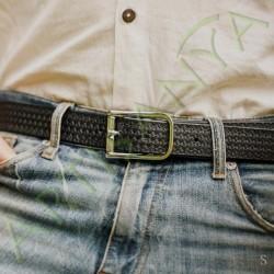 mise en situation de la ceinture en cuir western